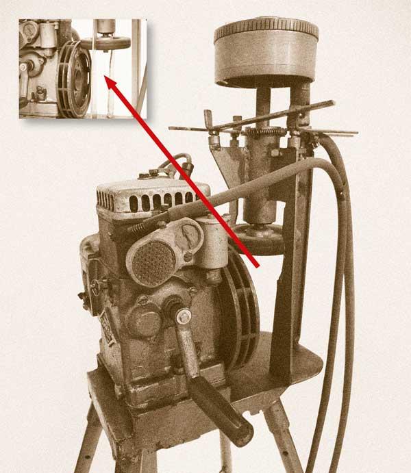 Motorbetriebene Zuckerwatte-Maschine, deren Spinnkopf mit Gas erhitzt wird
